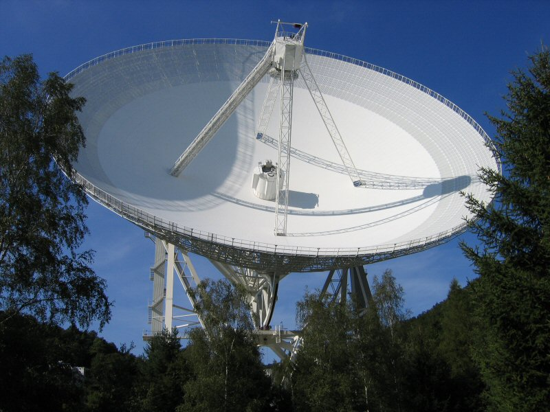 The 100-m Effelsberg Telescope
